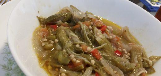 Guingambó Guisado (Stewed Okra)